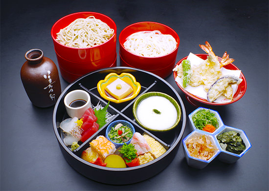 Nigiwai Soba (feast soba, all you can eat noodles)